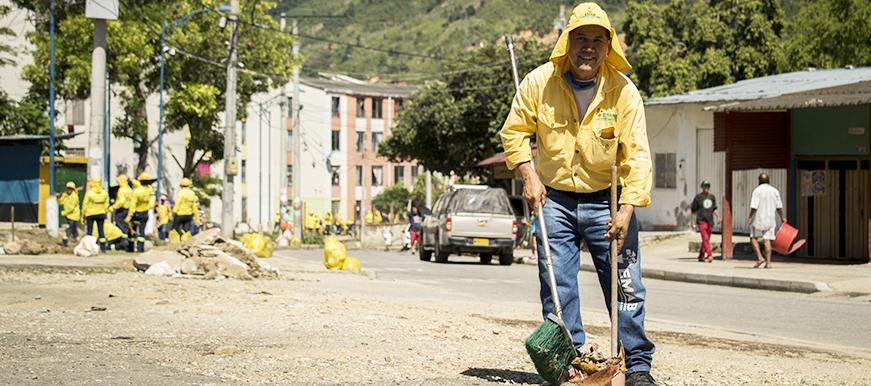 La limpieza de la ciudad depende de todos los bumangueses