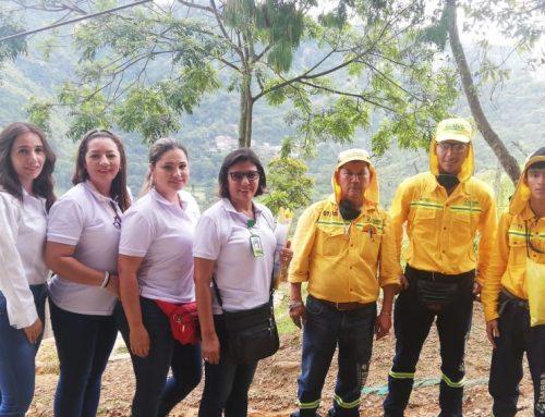 Jornada Comercial de Limpieza en el  barrio Miradores de la UIS de la Ciudad de Bucaramanga